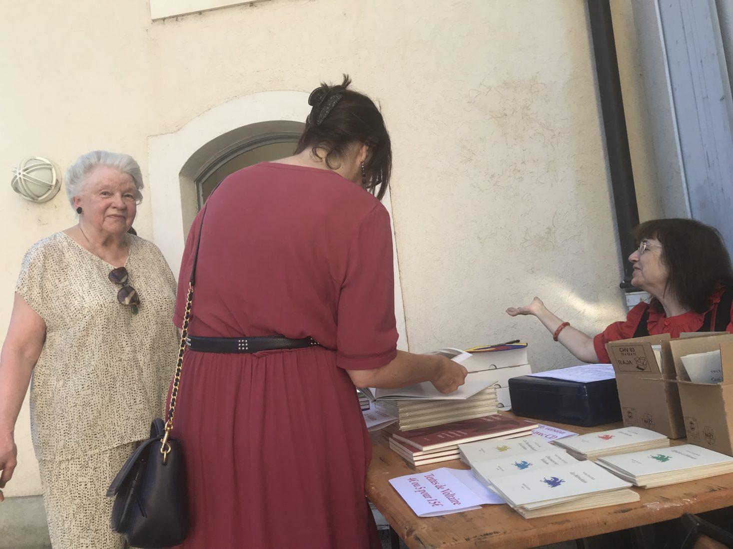 Fête à Voltaire 2019 Vente de livres et brochures
