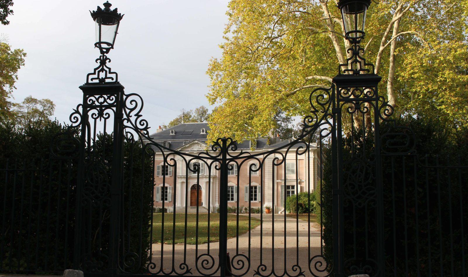Château de Ferney Voltaire et sa grille