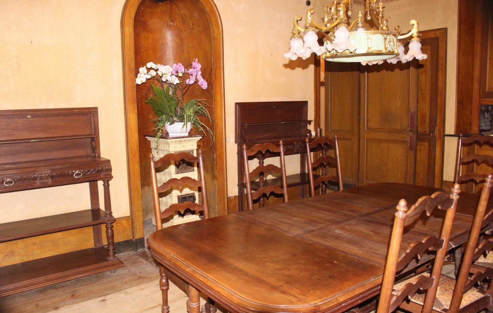 Monts-Boucons maison de Colette Besançon salle à manger