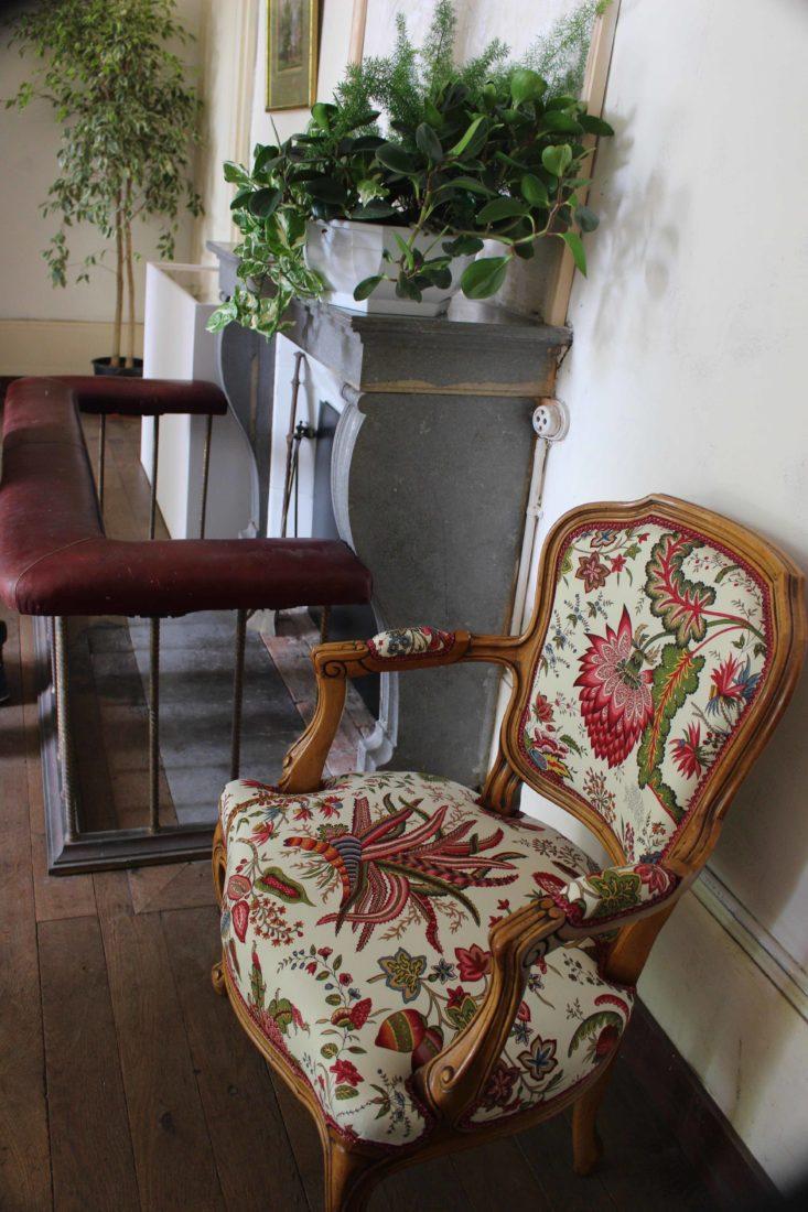 Monts-Boucons maison de Colette Besançon fauteuil