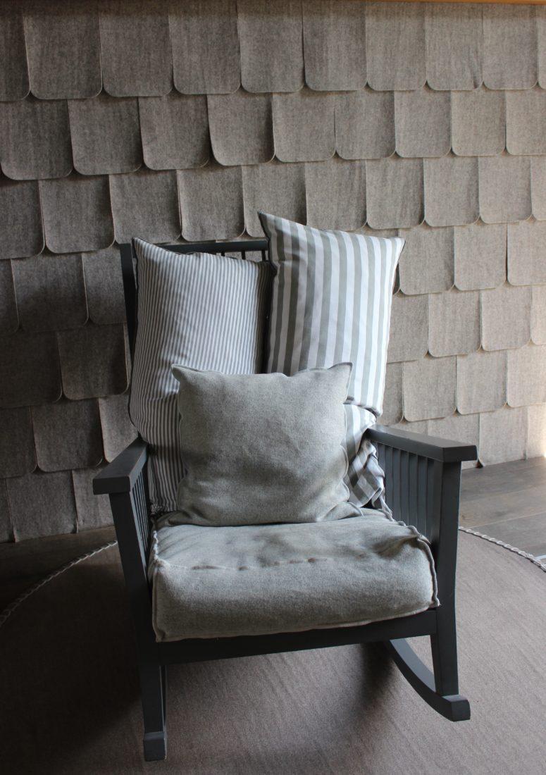 boutique Arpin Chamonix tuiles grises en feutre