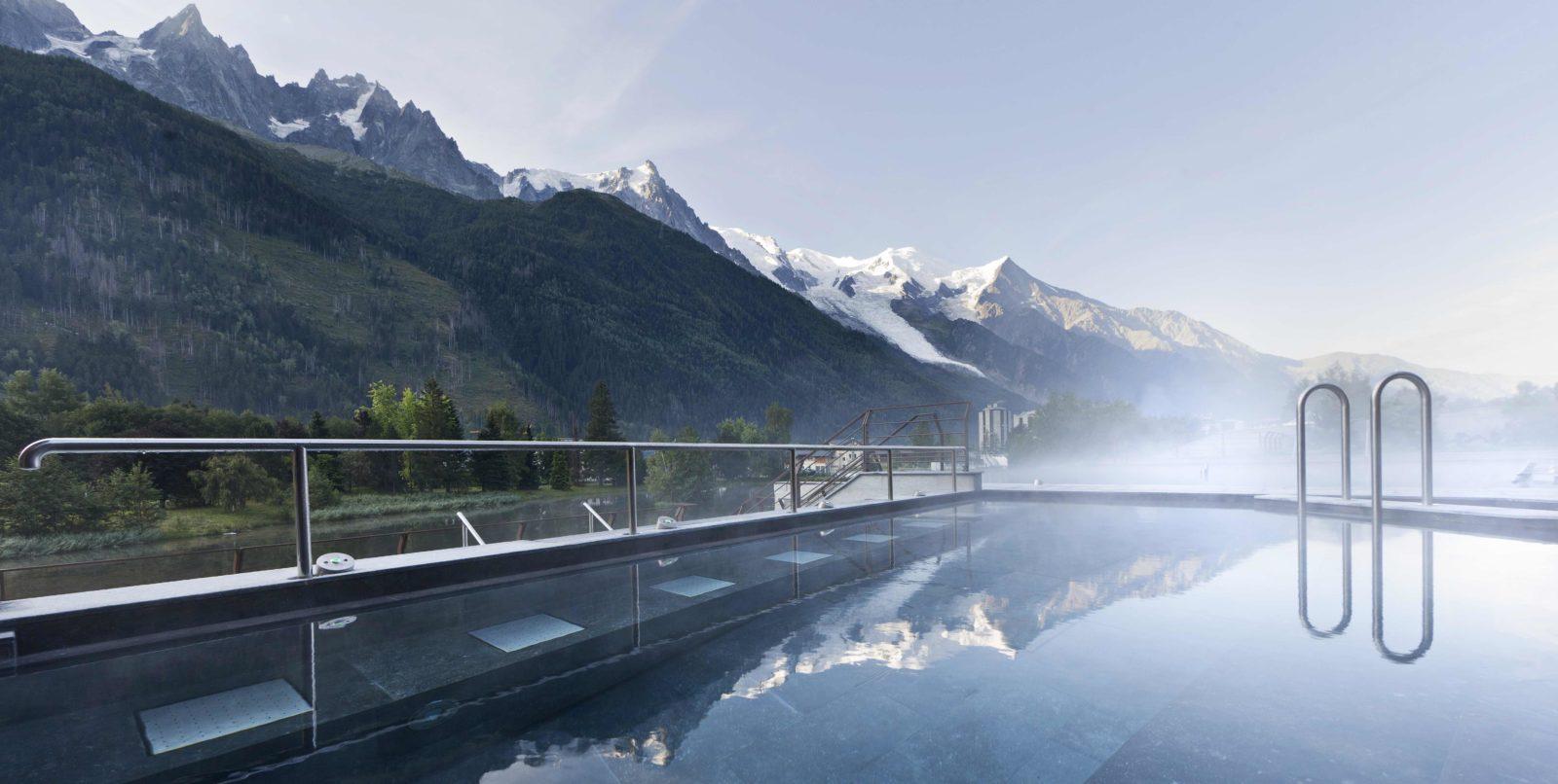 QC Terme Chamonix vue sur les montagnes