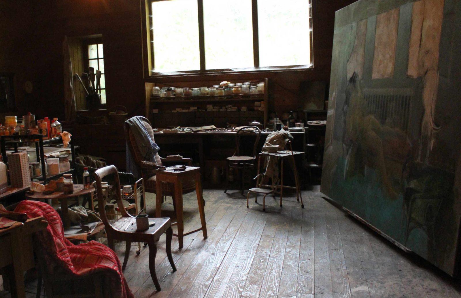 Vue intérieure de l'atelier de Balthus Rossinière