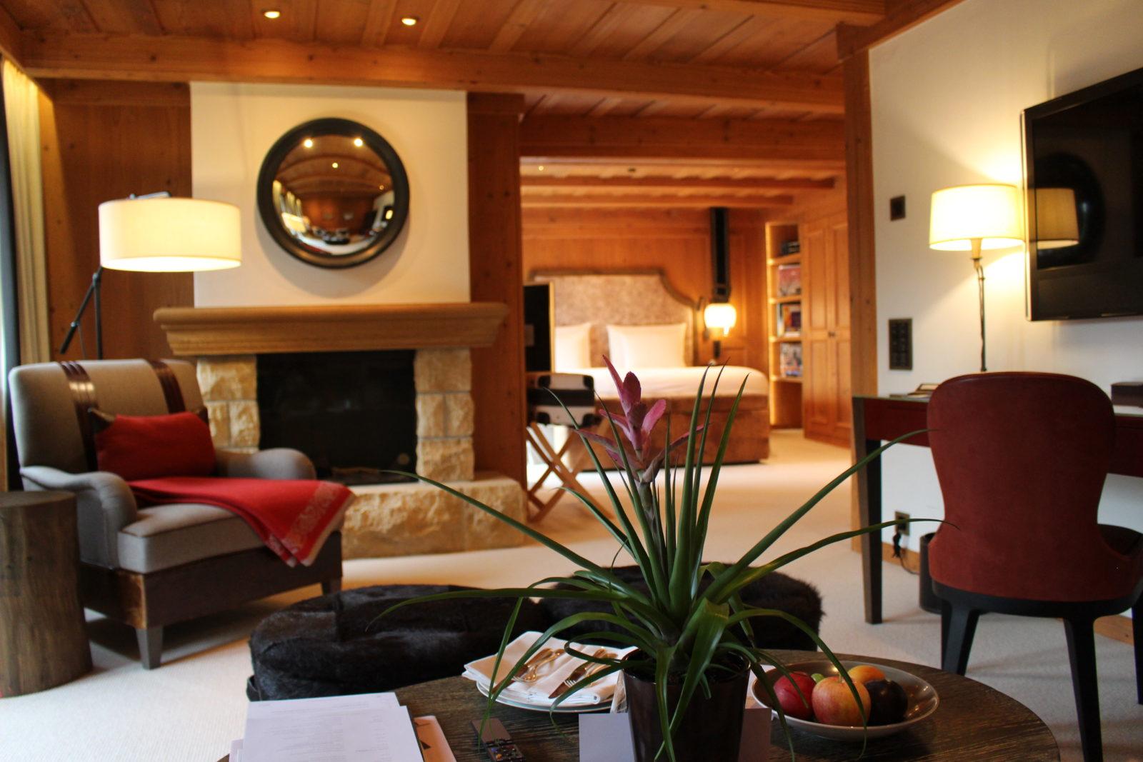 Hôtel Alpina Gstaad salon suite