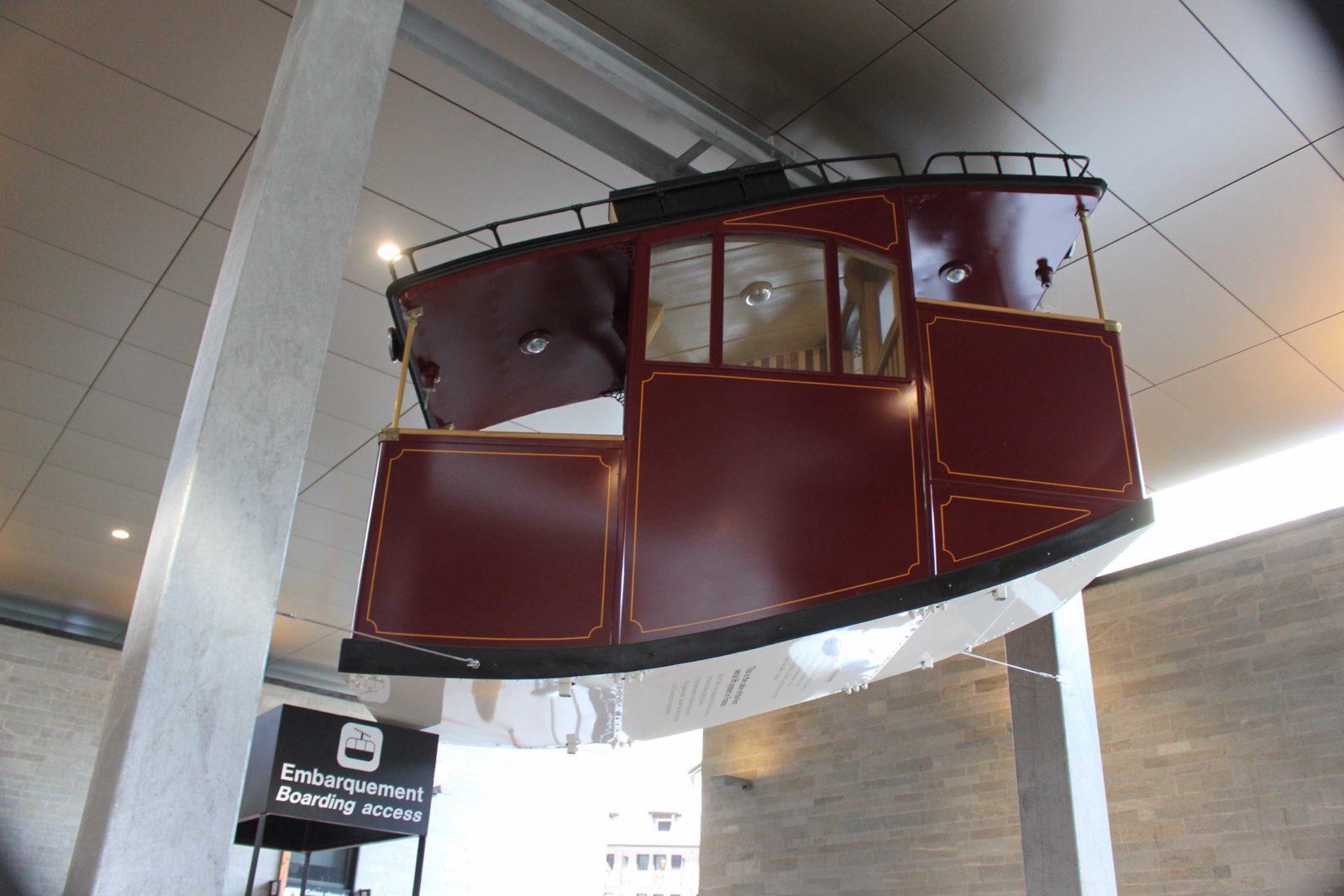 Chamonix Cabine du premier funiculaire aérien de France