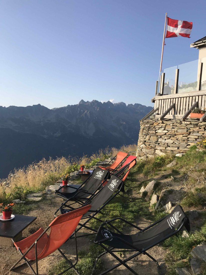Refuge du Plan de l'Aiguille terrasse repos