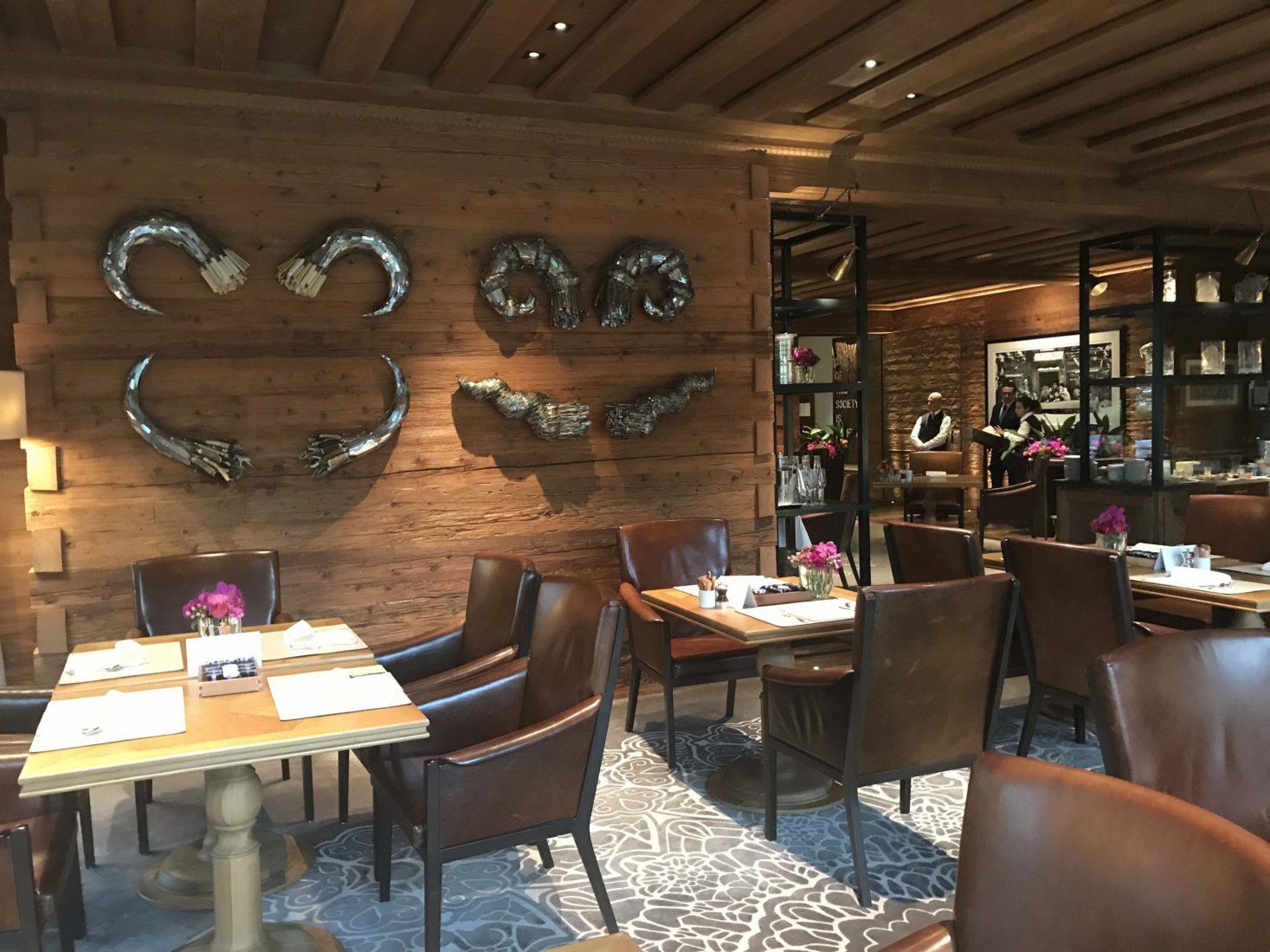 Hôtel Alpina Gstaad restaurant