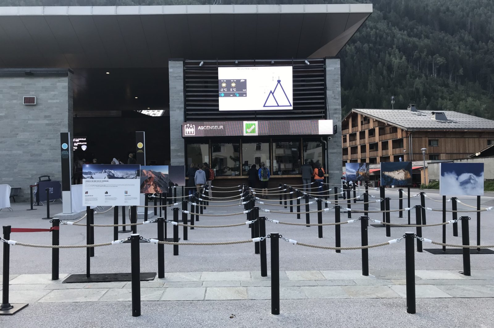 Départ vers l'Aiguille du Midi Chamonix