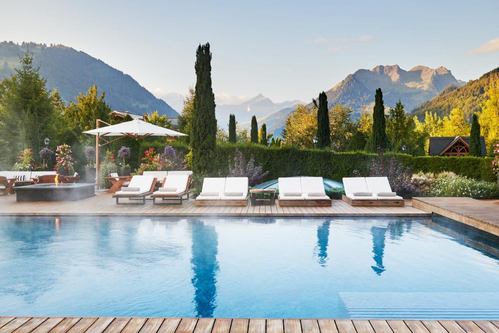 Hôtel Alpina Gstaad piscine