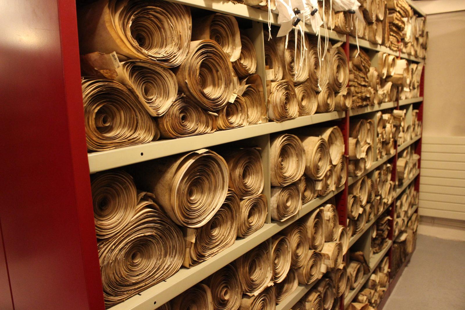 Dijon Archives départementales classement rouleaux