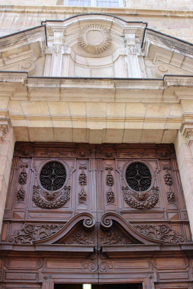 Archives municipales de Dijon porte monumentale