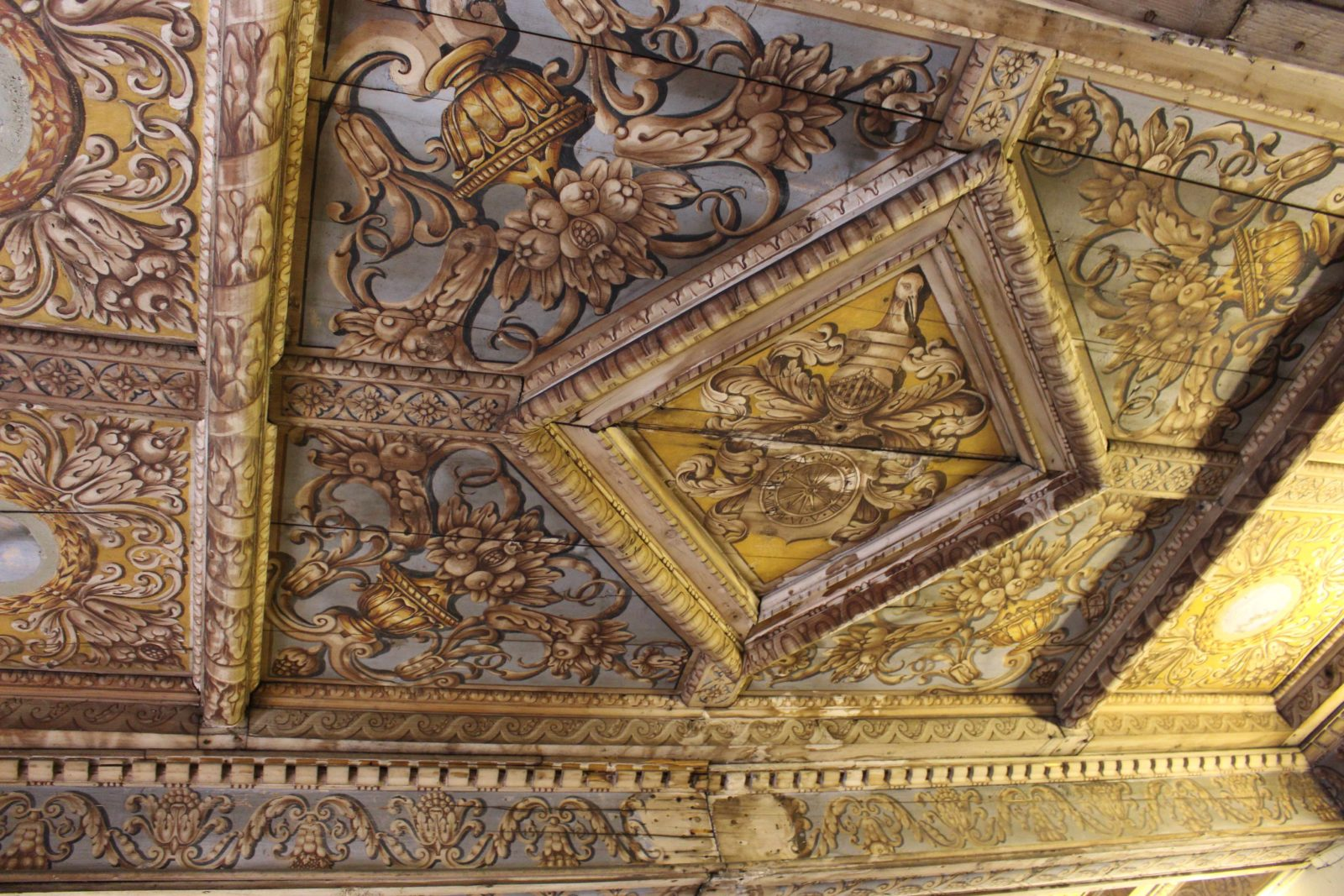 Archives municipales de Dijon plafond peint