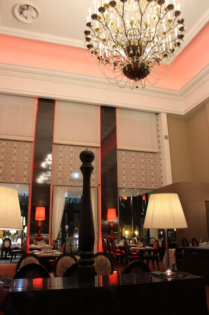 Aix-les-Bains Brasserie du Casino faste et cristal
