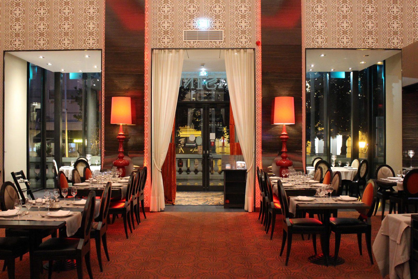 Aix-les-Bains Brasserie du Casino Vue de la salle