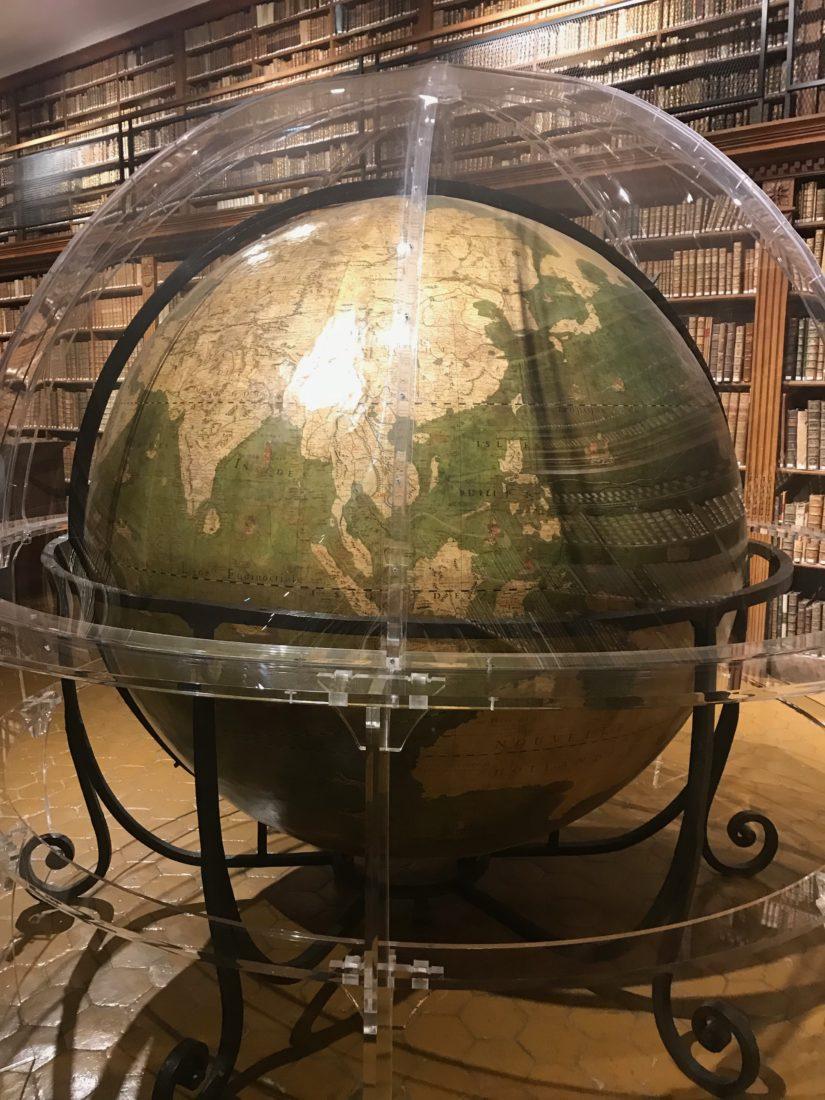 Archives municipales de Dijon globe Louis Legrand