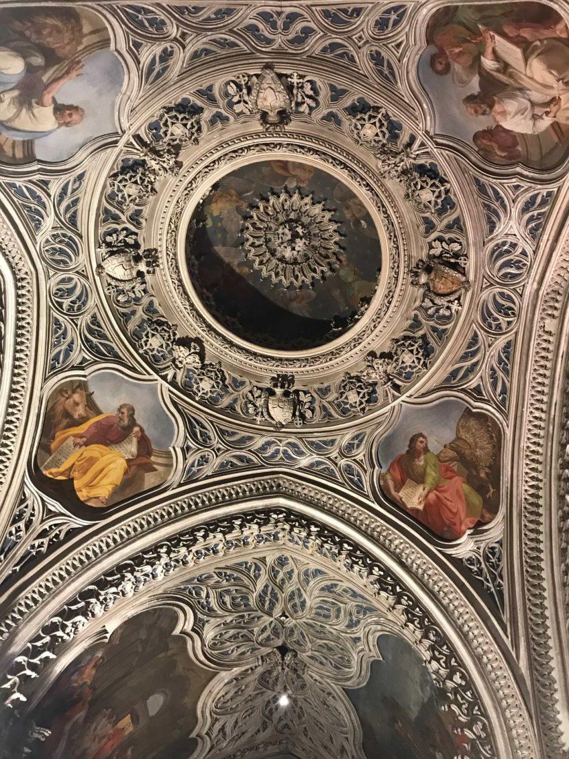 Abbaye d'Hautecombe détail plafond