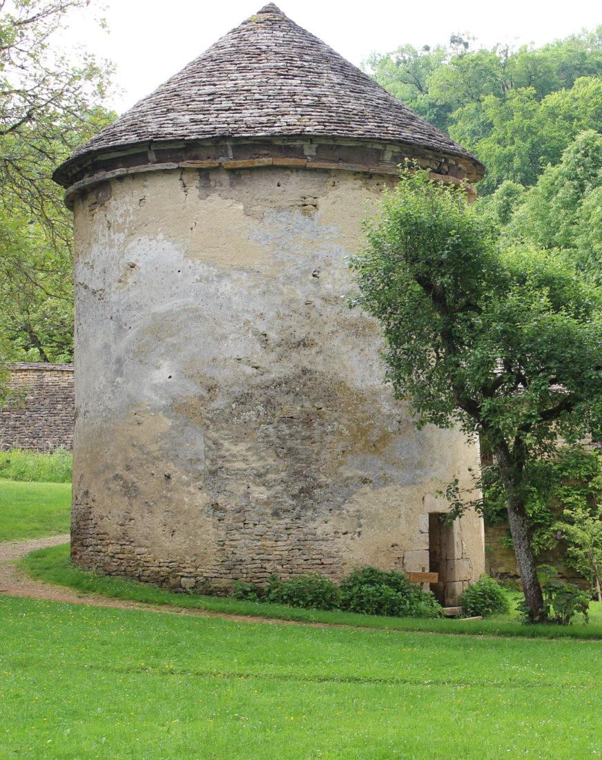 Pigeonnier du Château de Bussy-Rabutin - extérieur