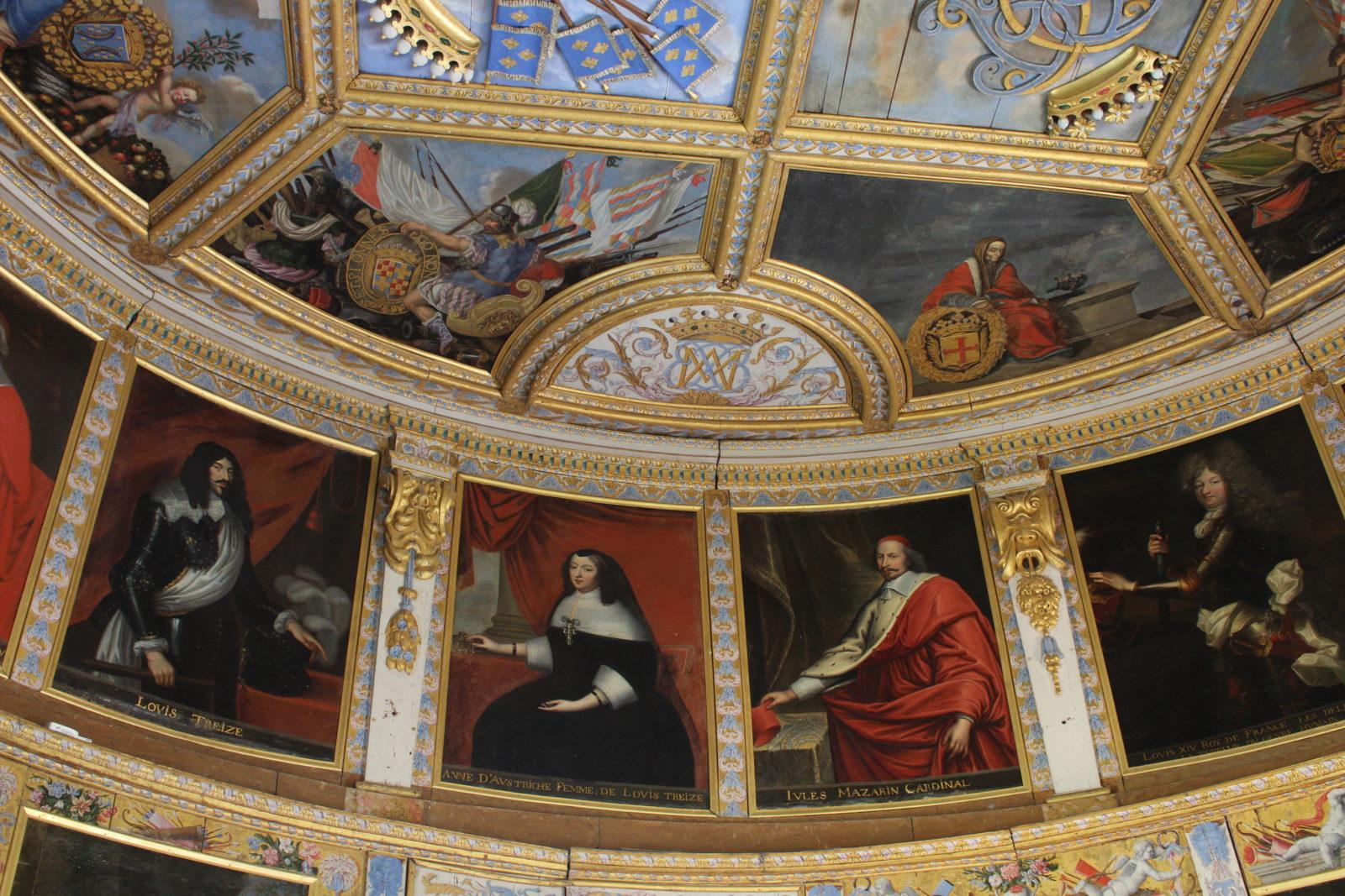 Bussy-Rabutin Salle de la tour dorée Mazarin