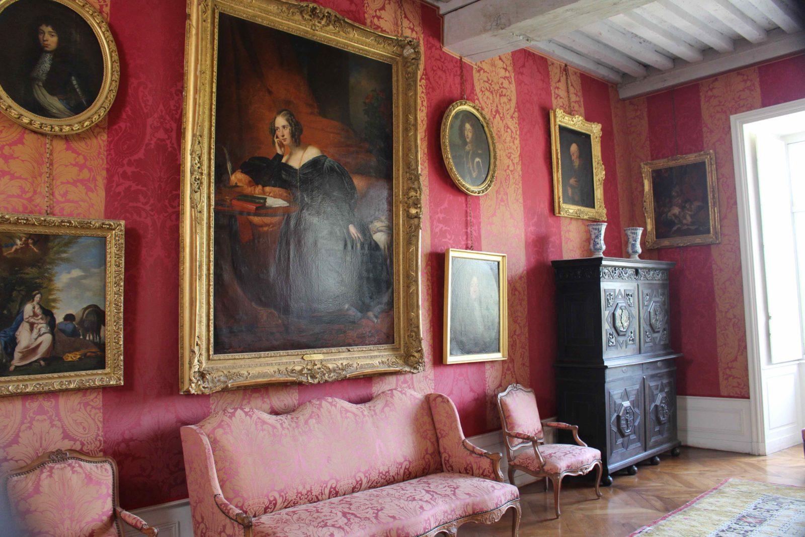 Château de Bussy-Rabutin salon