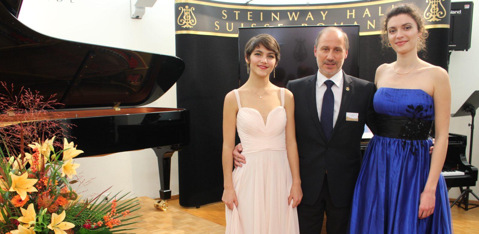 Armando Piguet Elisabeth Montabone et Lise Khatib