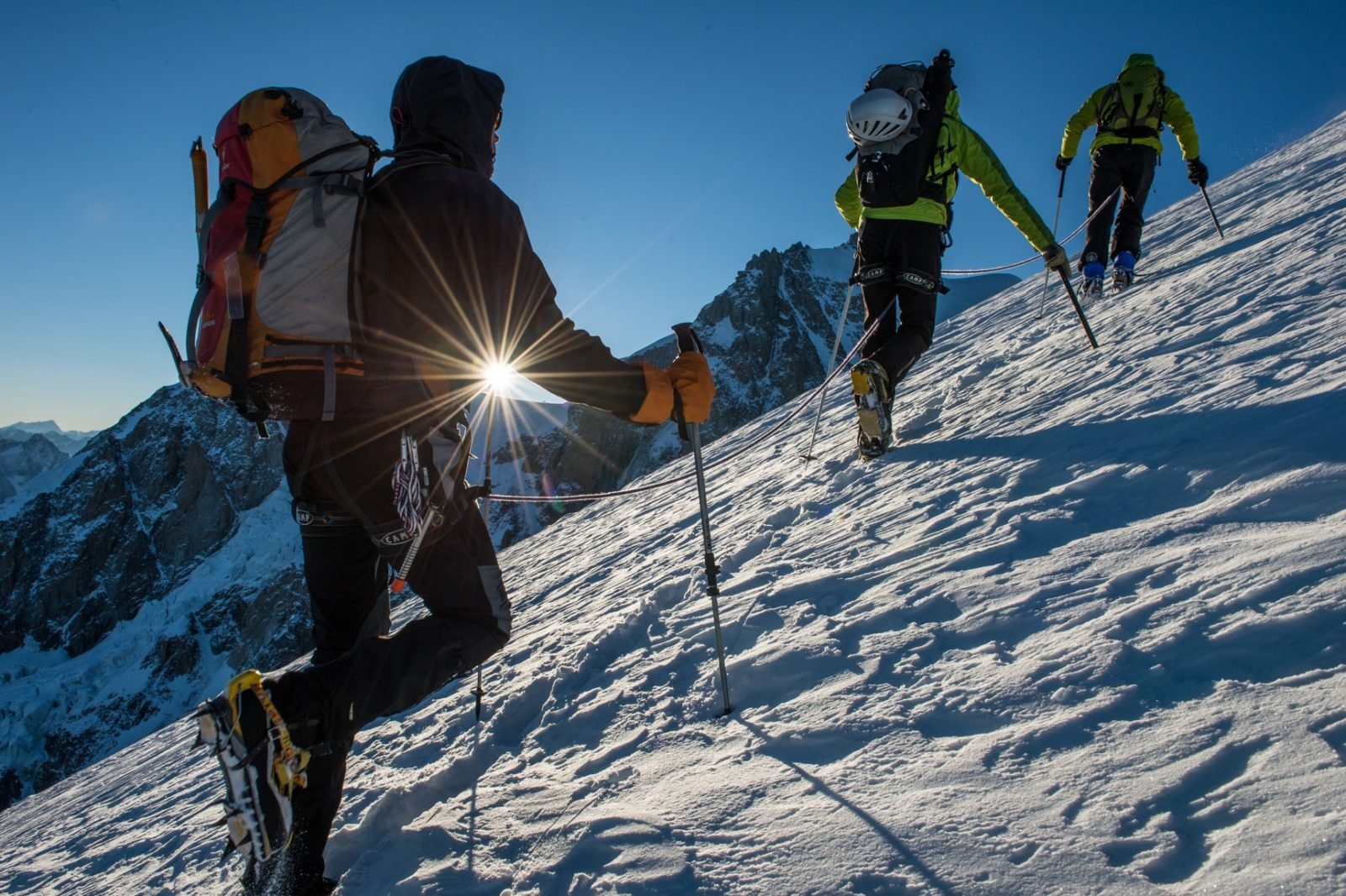 Alpinisme inscrit à l'UNESCO - alpinistes et neige