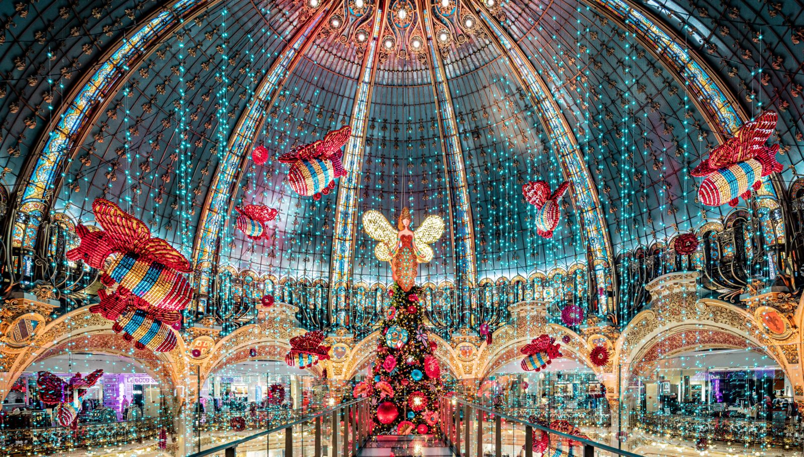 Galeries Lafayette Paris Haussmann la ruche Noel 2019
