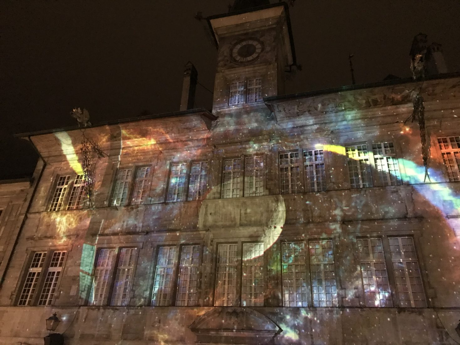 Lausanne ~ Place de la Palud hôtel de ville illuminé 2019