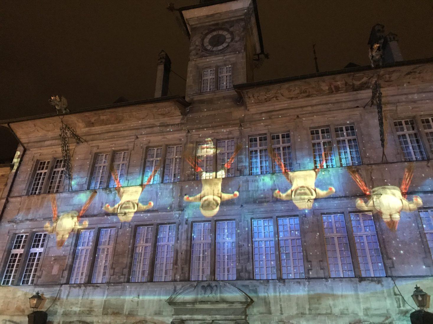 Lausanne ~ Place de la Palud hôtel de ville illuminé 2019 Noel
