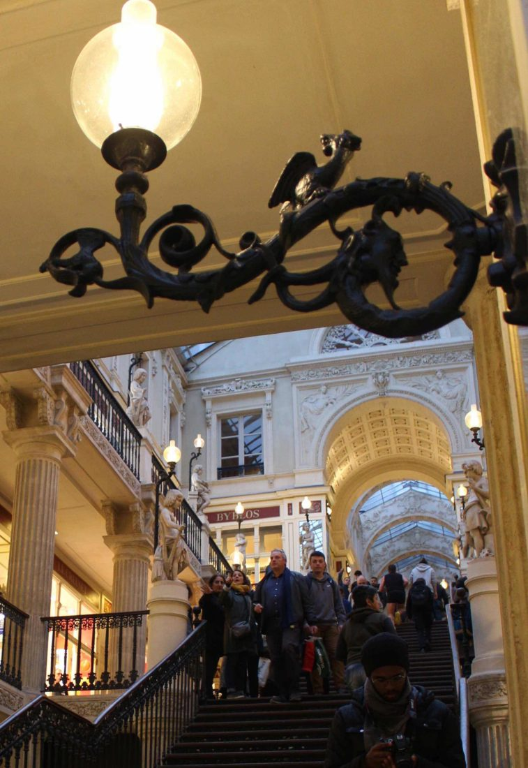 Nantes passage Pommeraye éclairage