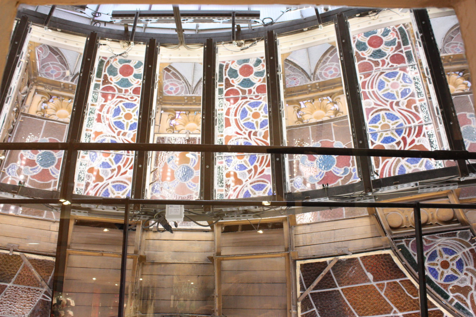 Galeries Lafayette Paris Haussmann -les vitraux de la coupole