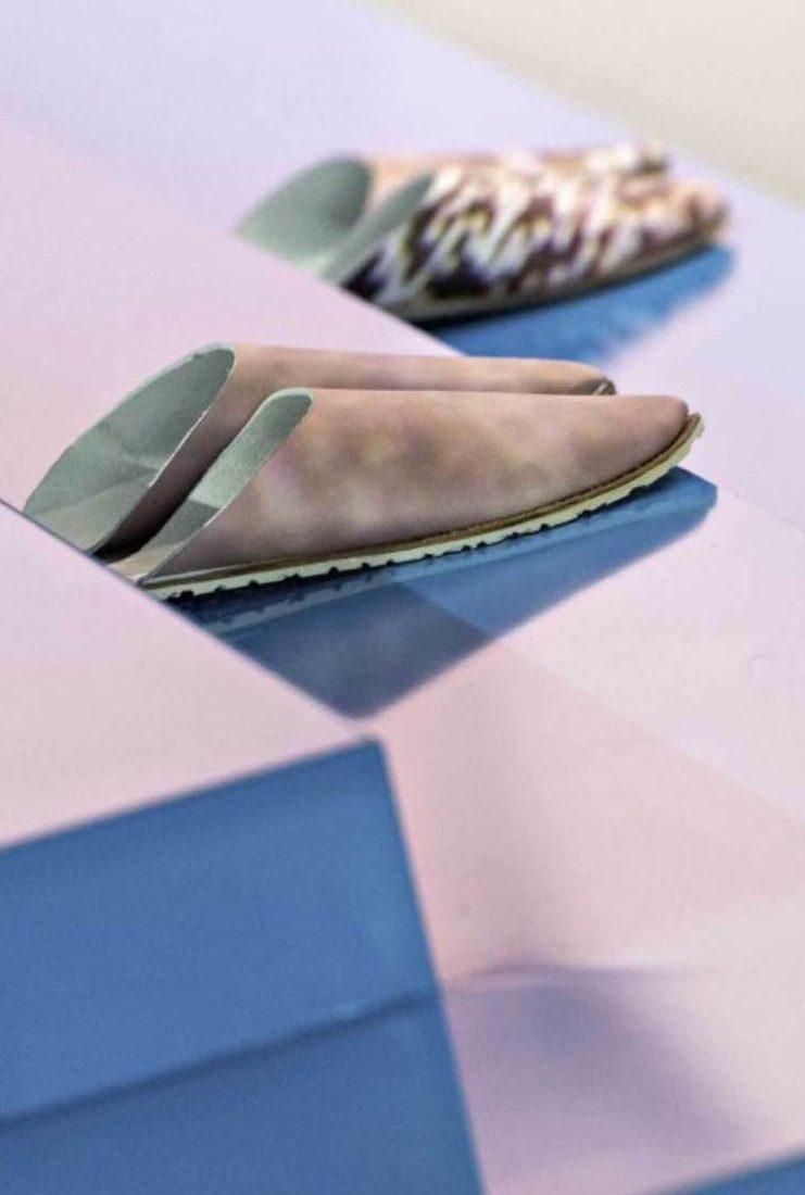 «Dial M for Slippers» de l'artiste Miriam Laura Leonardi