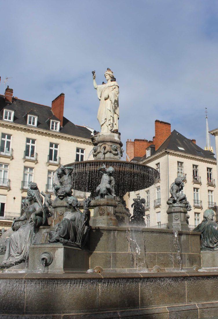 Nantes, place Royale de jour