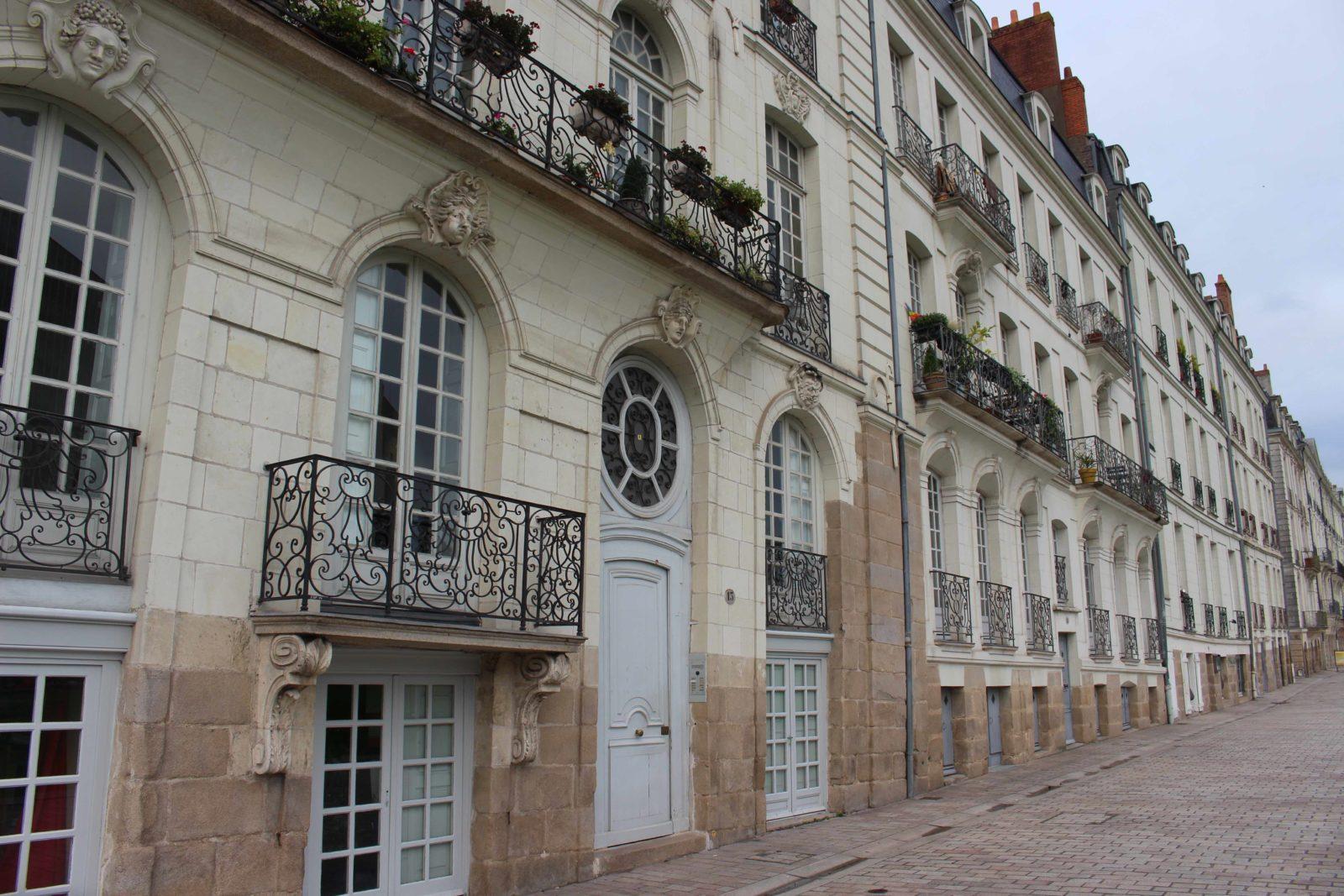 Nantes, façade quai de la Fosse