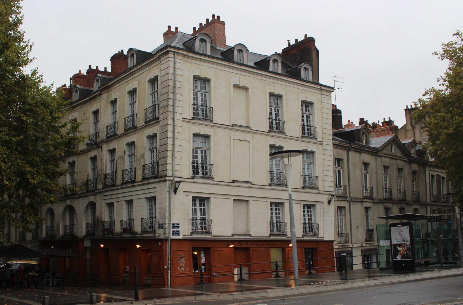 Nantes, façade maison penchée