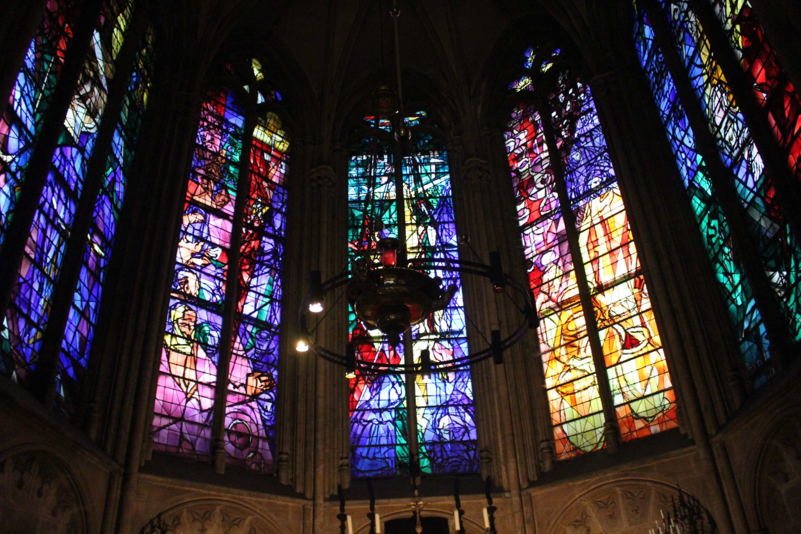 Metz cathédrale vitraux Villon