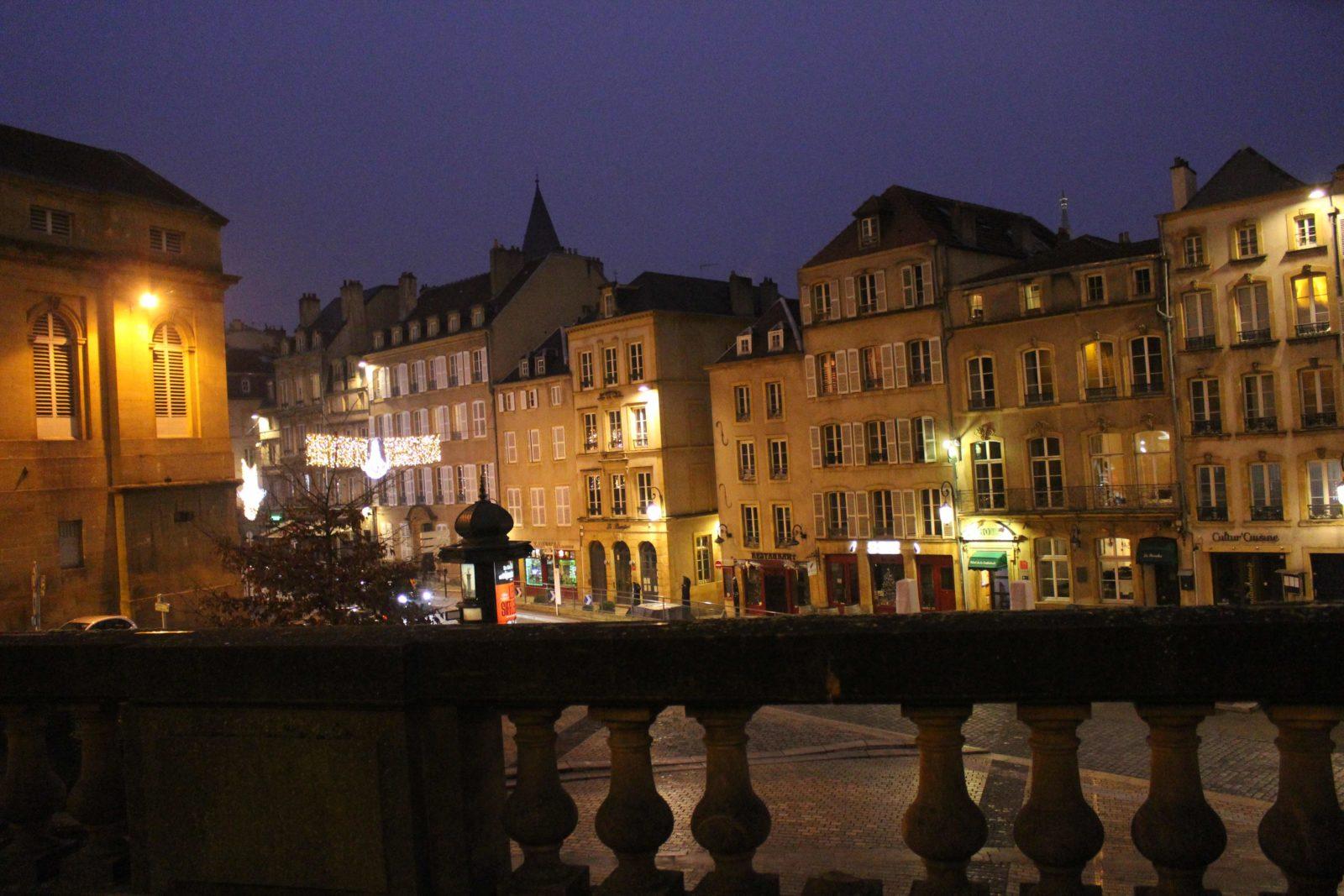La cathédrale de Metz -Place de Chambre