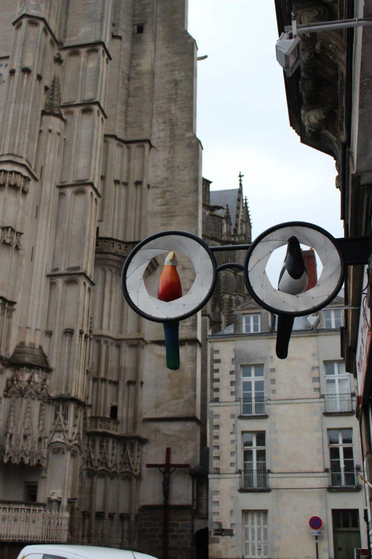 Nantes vieille ville enseigne opticien