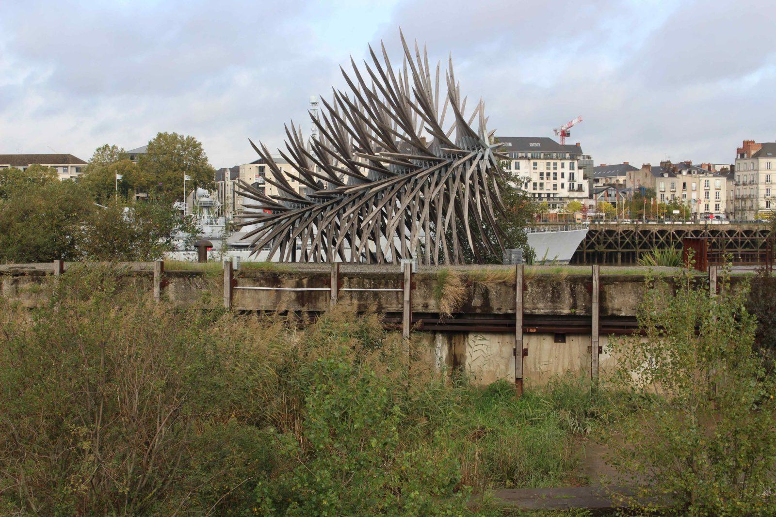 Nantes sculpture Résolution des forces en présence