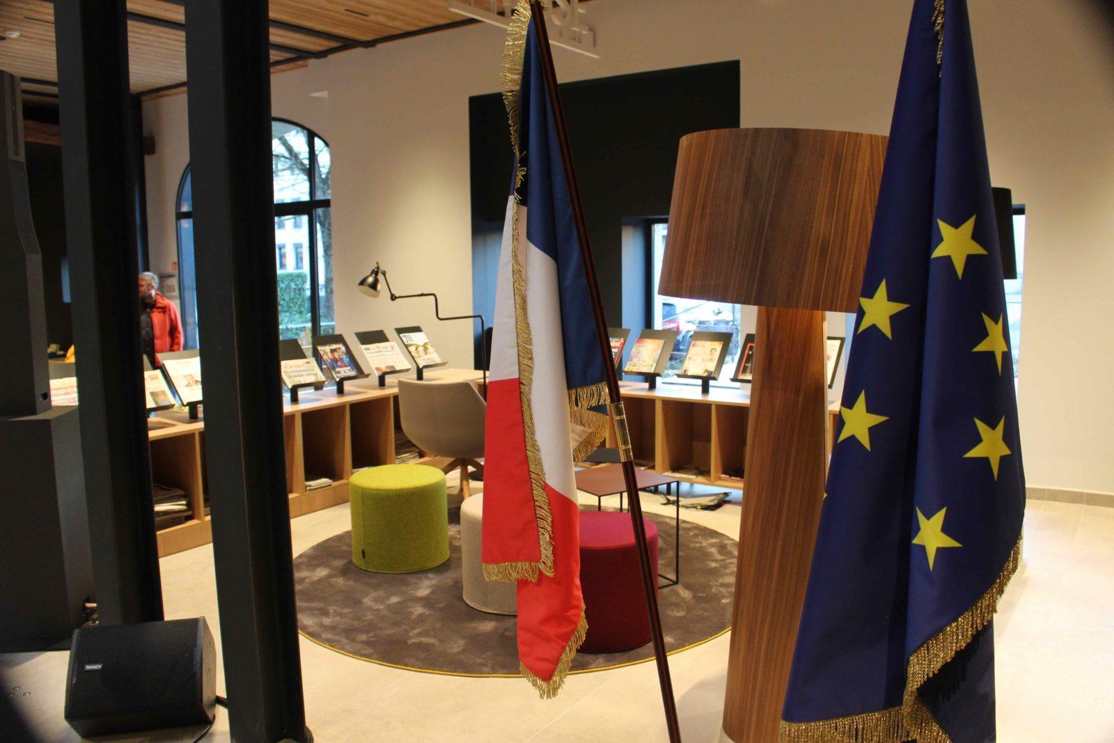 médiathèque de Ferney-Voltaire intérieur