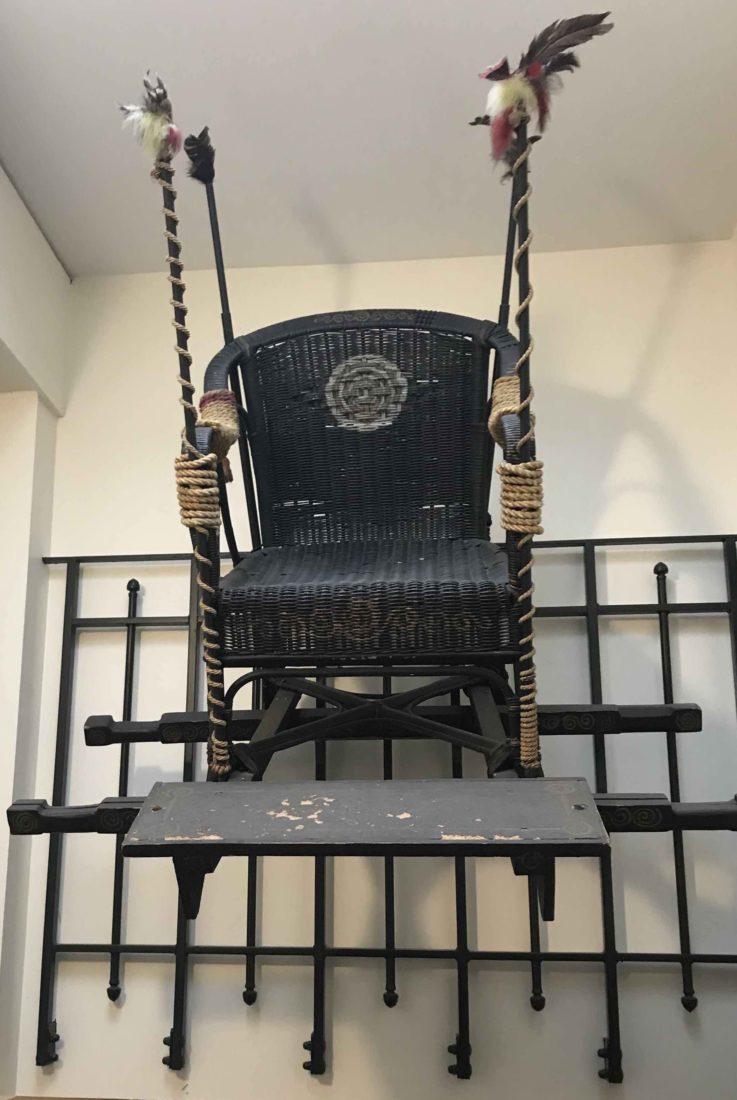 Cité Véron la chaise à porterurs de Boris Vian