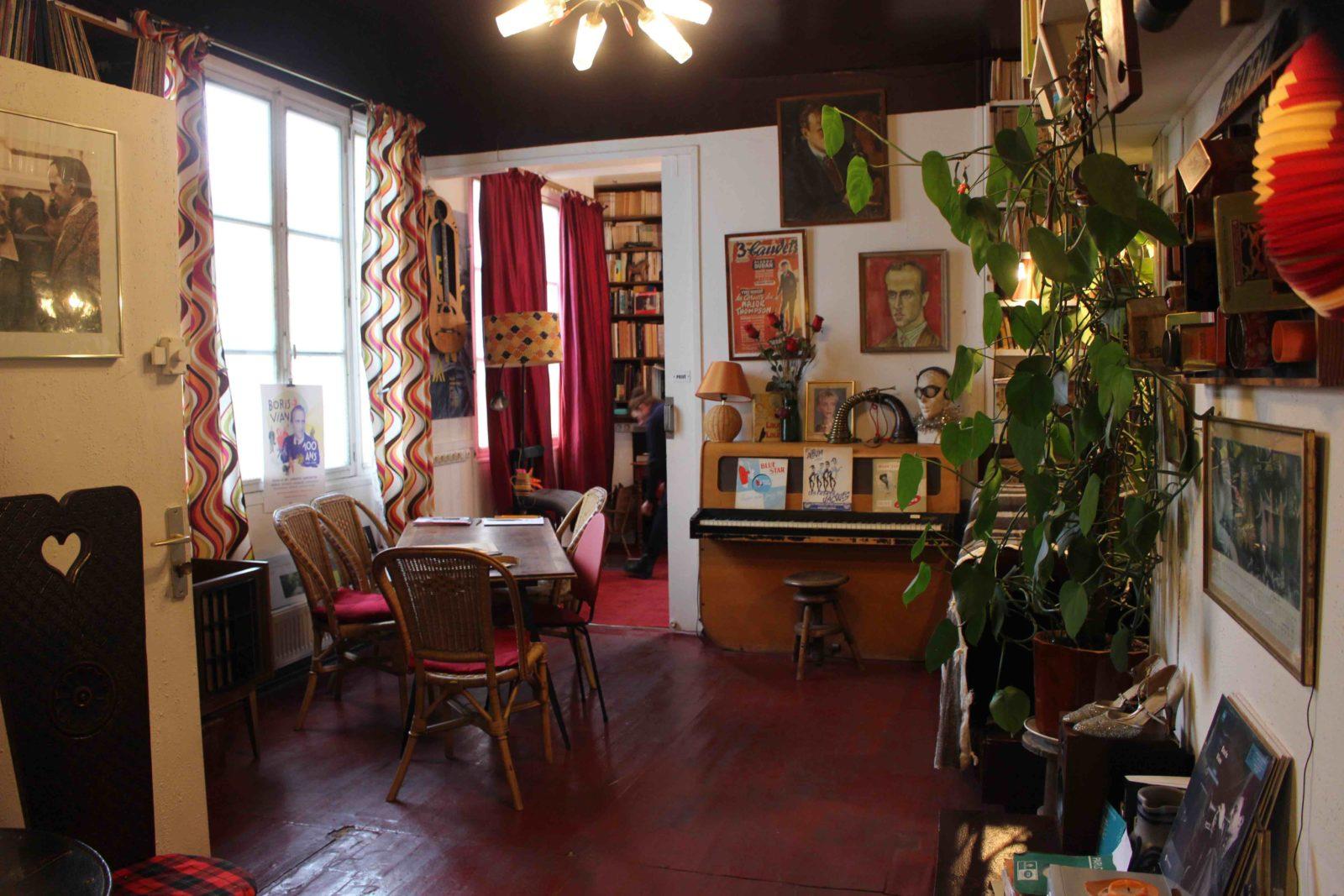 Cité Véron intérieur de l'appartement de Boris Vian et Ursula