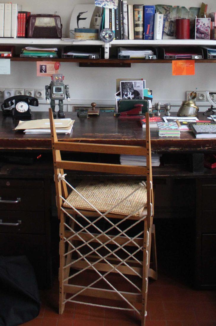 Cité Véron la chaise fabriquée par Boris Vian