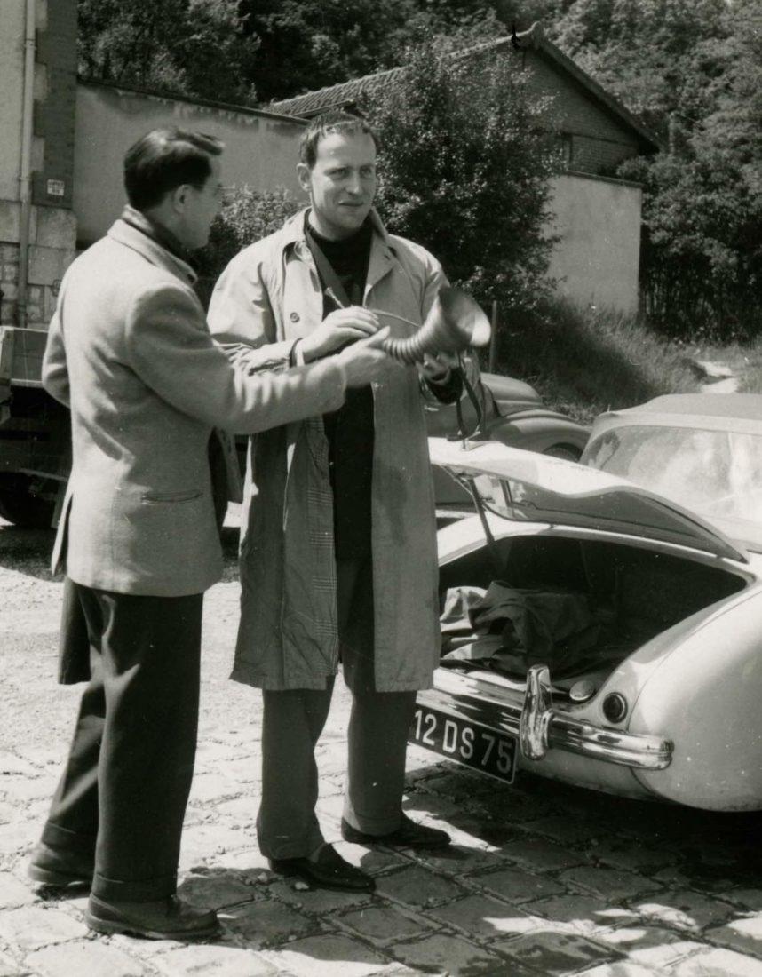 Boris Vian sa trompinette et voiture