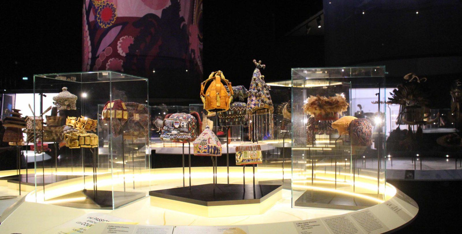 Mise en scène exposition Têtes Confluences Lyon