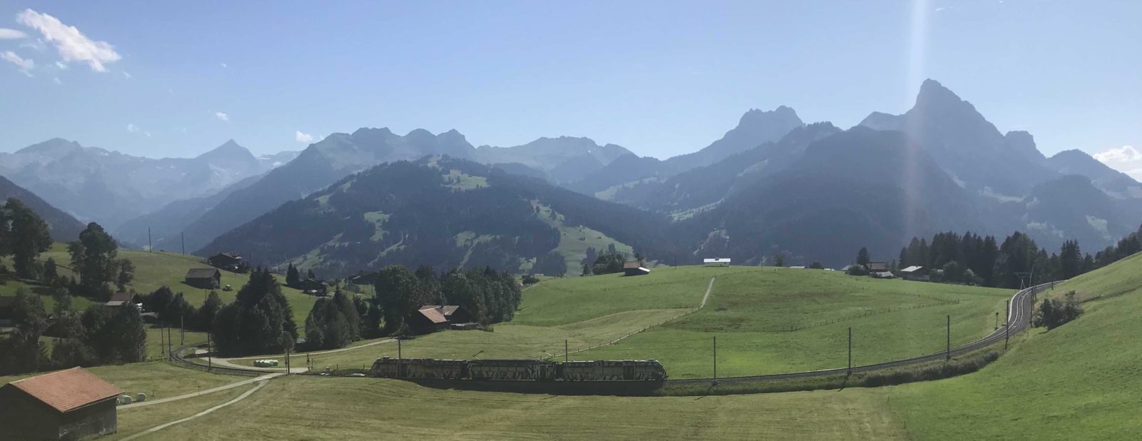 Mirage Gstaad avec train MOB