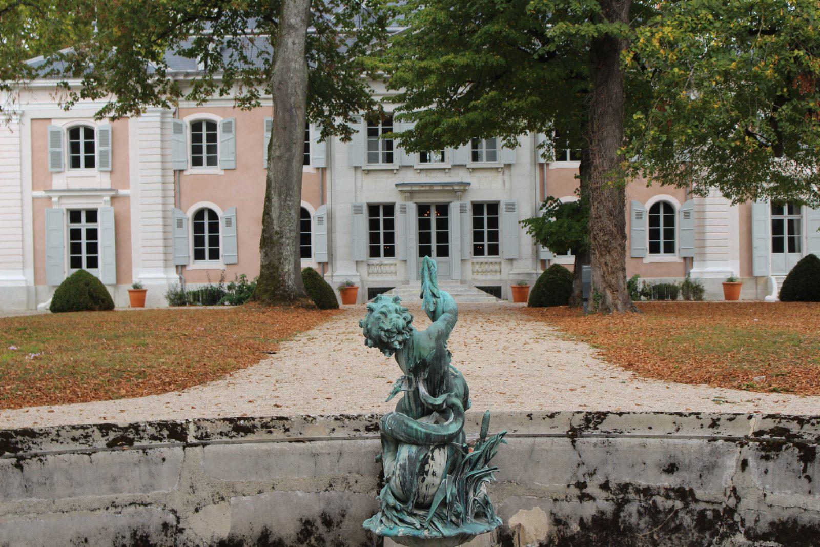Château de Voltaire - côté fontaine