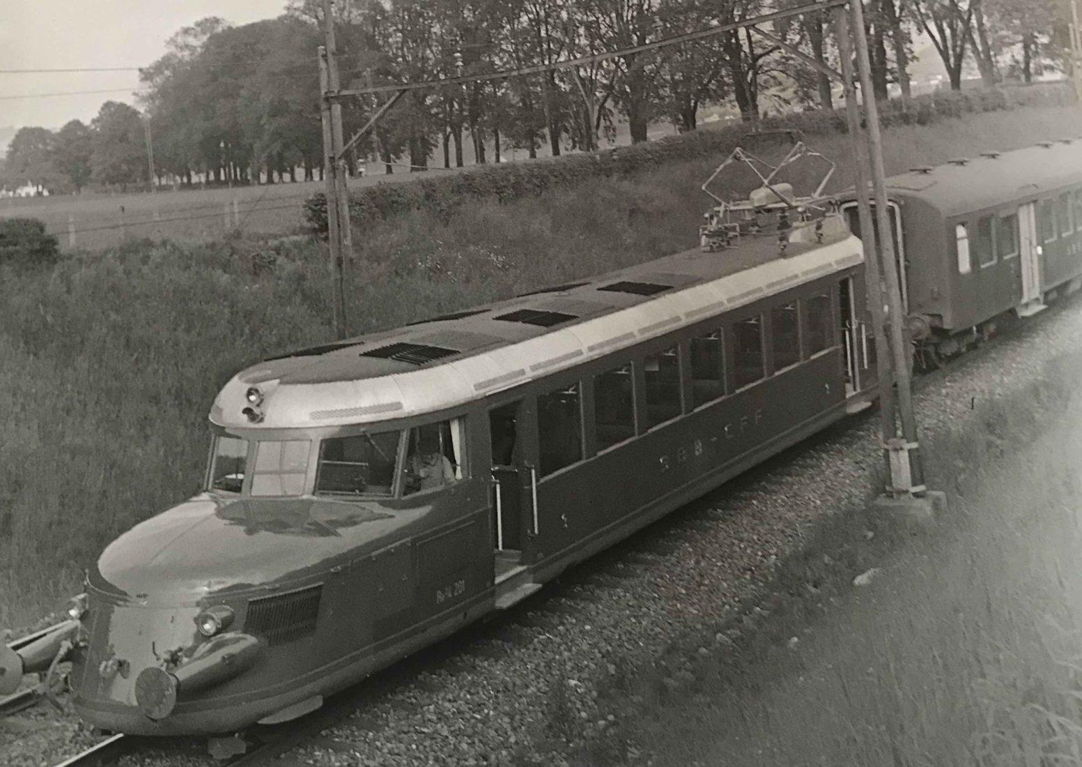 Flèche Rouge, Les légendaires locomotives électriques suisses