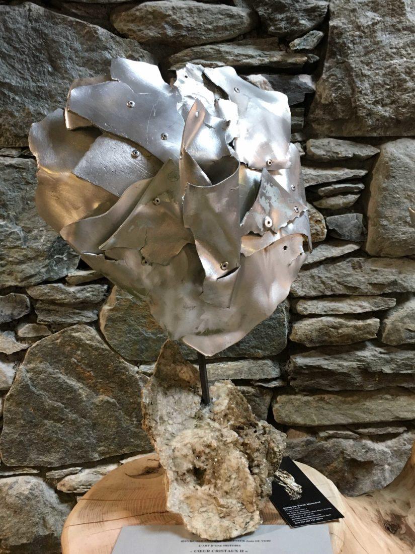 Sculpture coeur Josée de Vérité  L'art d'une histoire Les Houches