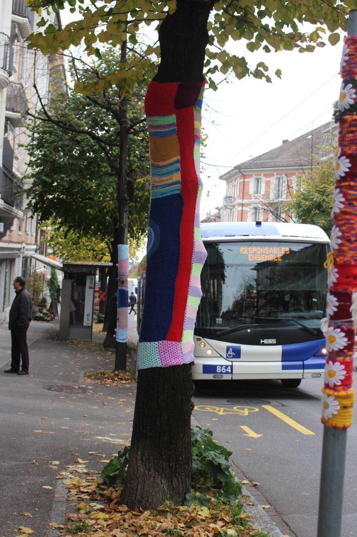 Tricot Graffiti Lausanne 2020 avec bus