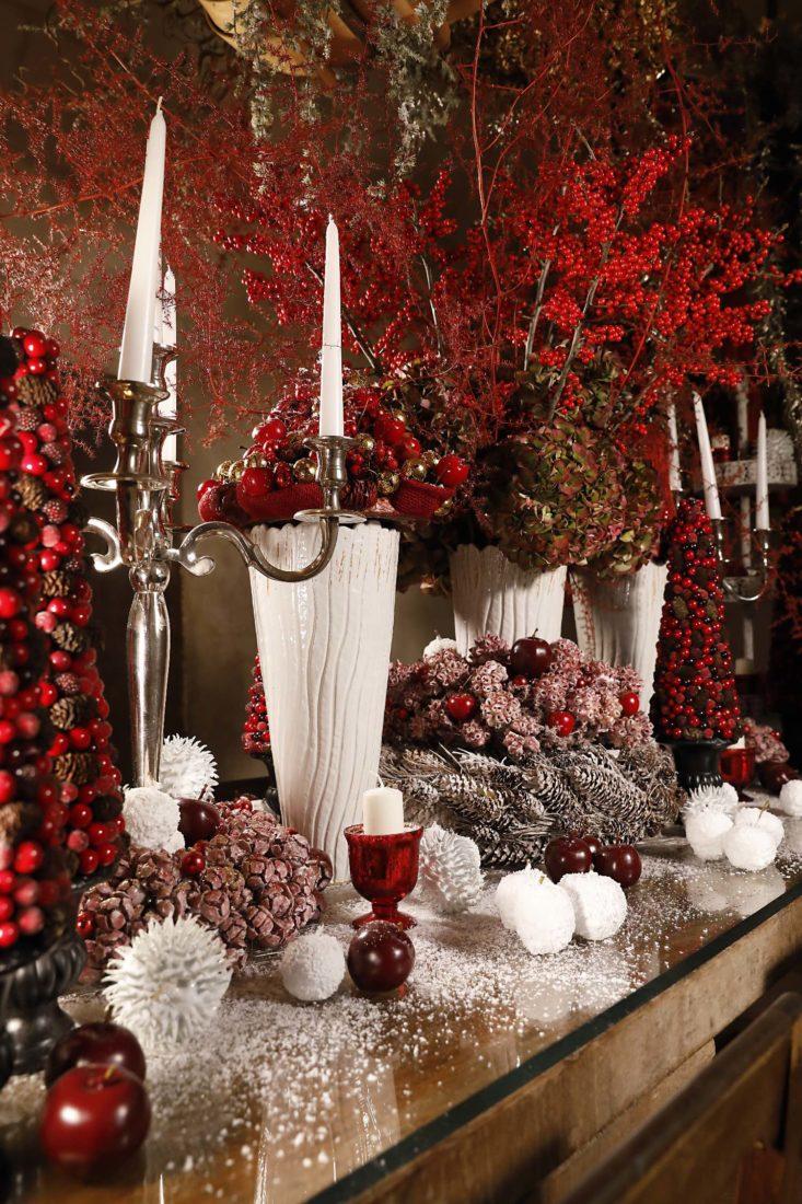 Château de Chenonceau décoration en  rouge et blanc Noël 2020
